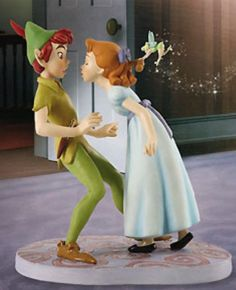 Disney Peter Pan and Wendy Cake topper! Ha, I've always had a crush on Peter Pan. Peter Pan And Tinkerbell, Peter Pan Disney, Diy Inspiration, Wedding Inspiration, Wedding Ideas, Diy Wedding, Wedding Cakes, Jeff The Killer, Disney Wedding Cake Toppers