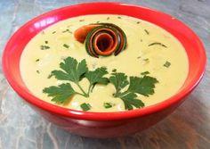 Cukkinis zöldségkrémleves sajtkockákkal🧀 | Törzsök Éva receptje - Cookpad receptek Thai Red Curry, Low Carb, Plates, Tableware, Ethnic Recipes, Food, Licence Plates, Dishes, Dinnerware