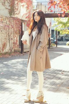 Korean street fashion. Love the camel coat and shoes