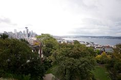 Find this iconic view of Seattle from Kerry Park.
