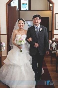 Asian Wedding at Minoru Chapel Wedding  by Vancouver Wedding Photographer Life Studios Inc www.lifestudiosinc.com