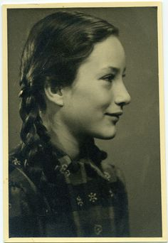 Vintage Photo Portrait of a girl - Germany - 1930s | Flickr - Photo Sharing!