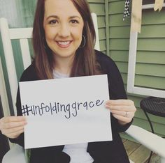 EP. 12 – MARY KATE WHITE; GOOD GIRL, MONOAMNEOTIC TWINS, & REDEMPTION | Stories of Unfolding Grace | BeckyLMcCoy.com