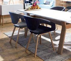 FLEX BACK   Výnimočná dizajnová stolička s levitujúcim operadlom