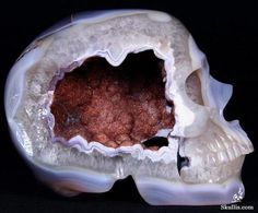 Geodes carved into skulls - Imgur