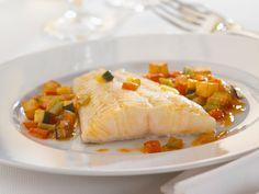 Découvrez la recette Filet de poisson aux petits légumes light, au micro-ondes sur cuisineactuelle.fr.