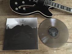 HEAVYDEATH vinyl on Svart Records and Hagström Viking Baritone