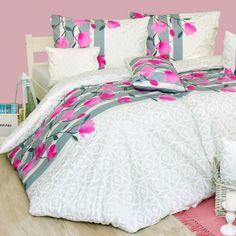 Luxusné, kvalitné a elegantné posteľné obliečky Magnoli sú vyrobené zo 100 % bavlny delux. Krásny jemný vzor obohatí každú spálňu a ich skvelé vlastnosti si ihneď zamilujete. Bed, Furniture, Home Decor, Decoration Home, Stream Bed, Room Decor, Home Furnishings, Beds, Home Interior Design