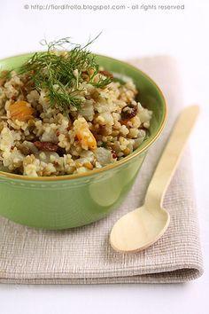 Insalata mediorientale di bulgur e quinoa by fiordifrolla, via Flickr