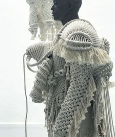 dutch artist sandra de groot of atelier CHAOS uses organic cotton to create knotted, wearable macramé sculptures that convey their intense creation process. Sandro, Sculpture Textile, Knitwear Fashion, Knit Fashion, Body Adornment, Macrame Patterns, Textile Artists, Vintage Textiles, Fashion Art