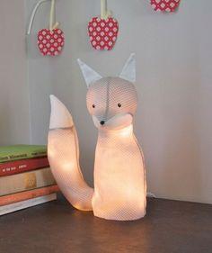 Nattlampa i form av räv