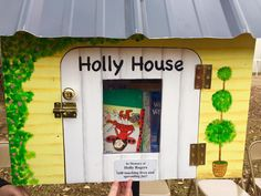 Walker Elementary unveiled this pretty Holly House on December 16th. This day was special, as students who were Rambassadors at Walker made heart warming speeches, Such a warm welcome!