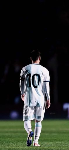 Cr7 Messi, Messi Soccer, Messi And Ronaldo, Messi 10, Neymar Jr, Football Is Life, Football Boys, Football Players, Real Madrid Images