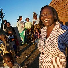 Here's Joyce Kamwana's amazing story: Thanks to AIDS treatment from the Global Fund, she's seeing the birth of her grandchildren. #endofAIDS http://t.joinred.com/LbG