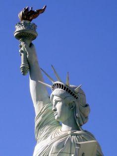 Replica Statue Of Liberty at New York-New York Hotel and Casino, Las Vegas NV
