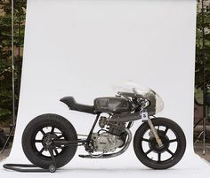 Weiter geht es!     1st – Marco Troiano     Marco looked at the 1982 Yamaha Sr250 and rolled up his sleeves.  He started modifying thorou...