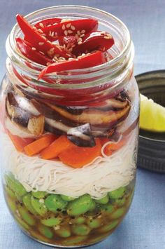 Rice noodle salad to go