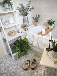 Cosy Bathroom, Diy Bathroom Decor, Simple Bathroom, Bathroom Ideas, Bathroom Organization, Bathroom Inspo, Bathroom Styling, Master Bathroom, Clever Bathroom Storage