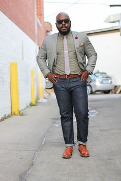 20 Practical Outfits for Men with a Beer Belly - Machovibes Dressy Casual Outfits, Business Casual Outfits, Men Casual, Stylish Outfits, Chubby Men Fashion, Big Men Fashion, Men's Fashion, Mens Hottest Fashion, Big And Tall Style