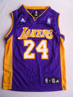 3378af314 Los Angeles Lakers Kobe Bryant Jersey  24 Youth Size 8 Purple   Gold Adidas  NBA