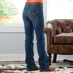 Wrangler Q-Baby Golden Hill Jeans - Cowgirl Delight Golden Hill, Western Jeans, Wrangler Jeans, Country Life, Stretch Jeans, Knee Boots, Clothing, Baby, How To Wear