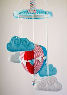 Baby mobile air balloon made from felt, completely handmade. All my mobiles are made with great love