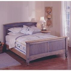 Country-Fresh Solid-Oak Bed: Downloadable Woodworking Plan