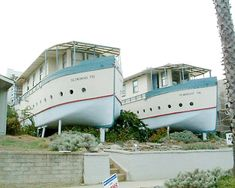 Boat House (Encinitas, California) Living in a boathouse is pretty common—but living in a house that's shaped like a boat? A creative builder took inspiration from his love for the sea and built the S.S. Encinitas and S.S. Moonlight apartments out of salvaged timbers from an old hotel. These houses have been a vital part of Encinitas' history since the early 20th century and last we heard, community leaders had plans to turn them into museums.