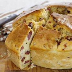 Portuguese Bread, Portuguese Recipes, Tapas, Lunches And Dinners, Pain, French Toast, Food And Drink, Cooking, Breakfast