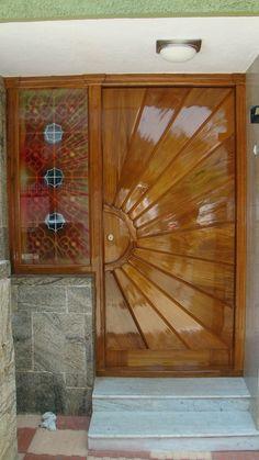House Outside Design, House Gate Design, House Front Design, Wooden Front Door Design, Wooden Front Doors, Pooja Room Door Design, Door Design Interior, Flush Door Design, Custom Wood Doors