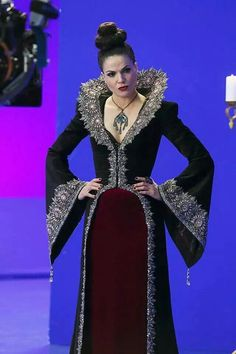 byEvil Queen OUAT  Once Upone A Time Cosplay di TamiyoCosplay #cosplayshop #EvilQueenCosplay #cosplay #costumshop #cosplaysell #shop #OUAT #OnceUponATime #TamiyoCosplay #DianaTamiyo