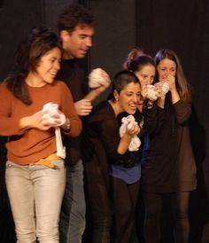 Lectura dramatitzada de Hamlet Maquinà, a l'estudi sargantana, El cor