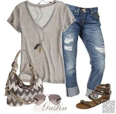 2. #Slouchy Tee + Capris - #These Spring #Outfits Are PERFECT for #School ... → #Fashion #White