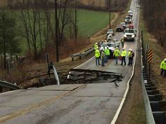 Expanding Sinkhole Closes South York Road in Ohio