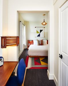 Located in the heart of the Windy City Freehand Hotel Downtown Hotels, Chicago Hotels, Chicago Chicago, Best Hostels In Europe, Travel Europe, Illinois, Ace Hotel New York, Roman And Williams, Chicago Pictures