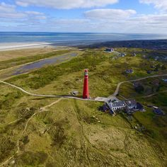 #schiermonnikoog #schier #dji #aerialphotography #aerialphoto #schiermonnikoog2016 #vuurtoren #vuurtorenschiermonnikoog #rood #eiland #drone #drones #dronefly #phantom3#igpic#igmichel