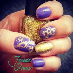 Gold Paisley Nails by jenniestamp.com