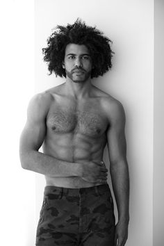 Daveed Diggs can strip down to his socks anytime he wants Daveed Diggs, Anthony Ramos, Hamilton Lin Manuel Miranda, And Peggy, Raining Men, Attractive People, My Heart Is Breaking, Pretty Boys, Pretty Men