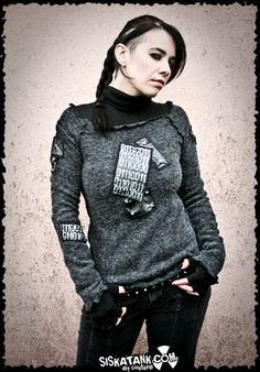 SWEATER grey STUDDED PATCH long sleeves. €75.00, via Etsy.