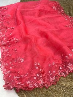Unique Style Organza Silk Saree with embroidery work & Sattin Blouse -Style Array Saree Dress, Saree Blouse, Red Saree, Silk Sarees, Indian Sarees, Saree Wedding, Tie Dye Skirt, Blouses For Women, Embroidery