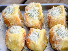 If you're a fan of Spinach Artichoke Dip, Christie Vanover's King's Hawaiian Savory Butter Dinner Rolls piped with spinach artichoke dip are creamy bites of deliciousness – perfect for getting the party started.