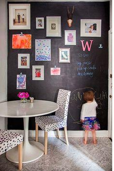 Simply Lifetime: Magnetyczna ściana tablicowa w kuchni