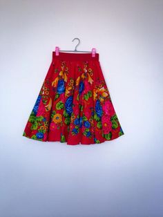 Natalia Etno skirt- red de hiramayashakia Bohemian Skirt, Flower Skirt, Red Flowers, Printer, Folk, Summer Dresses, Trending Outfits, My Style, Unique Jewelry