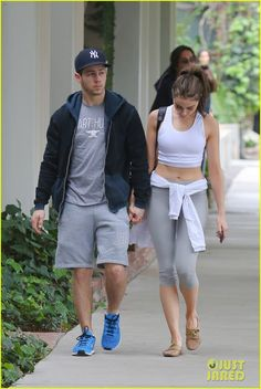 nick jonas olivia culpo shows off toned tummy 14 Nick Jonas and his girlfriend Olivia Culpo hold hands while grabbing coffee together at Alfred Coffee & Kitchen on Wednesday (March 11) in West Hollywood, Calif.…