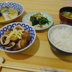 昨日習った、鯖の味噌煮とイカと里芋の煮たものを作ってみました🍚 #料理 #つくれぽ #abcクッキング #料理修行中