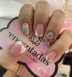 Bling Nail Art, Bling Nails, Latest Nail Designs, Cute Nail Designs, Love Nails, My Nails, Hello Nails, Super Cute Nails, Gold Glitter Nails