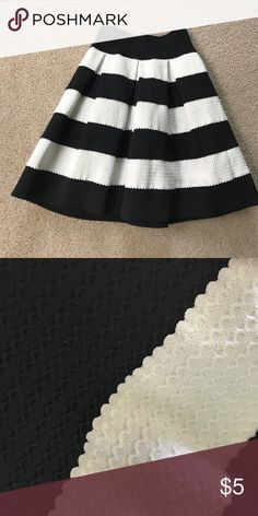 Black and white fitted waist skirt Cute skirt with a fitted waist that goes out Xhilaration Skirts Midi