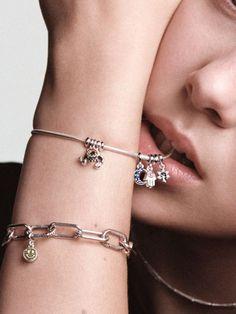 10 idées de Pandora X Millie Bobby Brown | bijoux, pandora ...