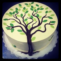 Cake Decorating Making Trees : 1000+ ideas about Family Reunion Cakes on Pinterest ...