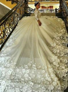Latest Vintage Lace Applique Tea Length Country Style Wedding Dresses 2017 with Sleeves Ivory Country Style Wedding Dresses, Wedding Dress Styles, Wedding Attire, Bridal Dresses, Wedding Gowns, Wedding Reception, Long Sleeve Wedding, Wedding Dress Sleeves, Beautiful Gowns